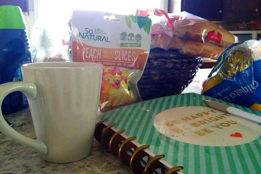 coffee and healthy snacks and to do lise