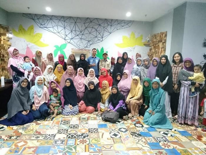 Seminar Berbenah Gemar Rapi bersama Aang Hudaya Bandung