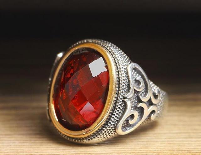 Antique Men's Ruby Ring