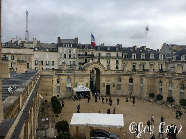 La cour d'honneur , Palais de l'Elysée, Paris