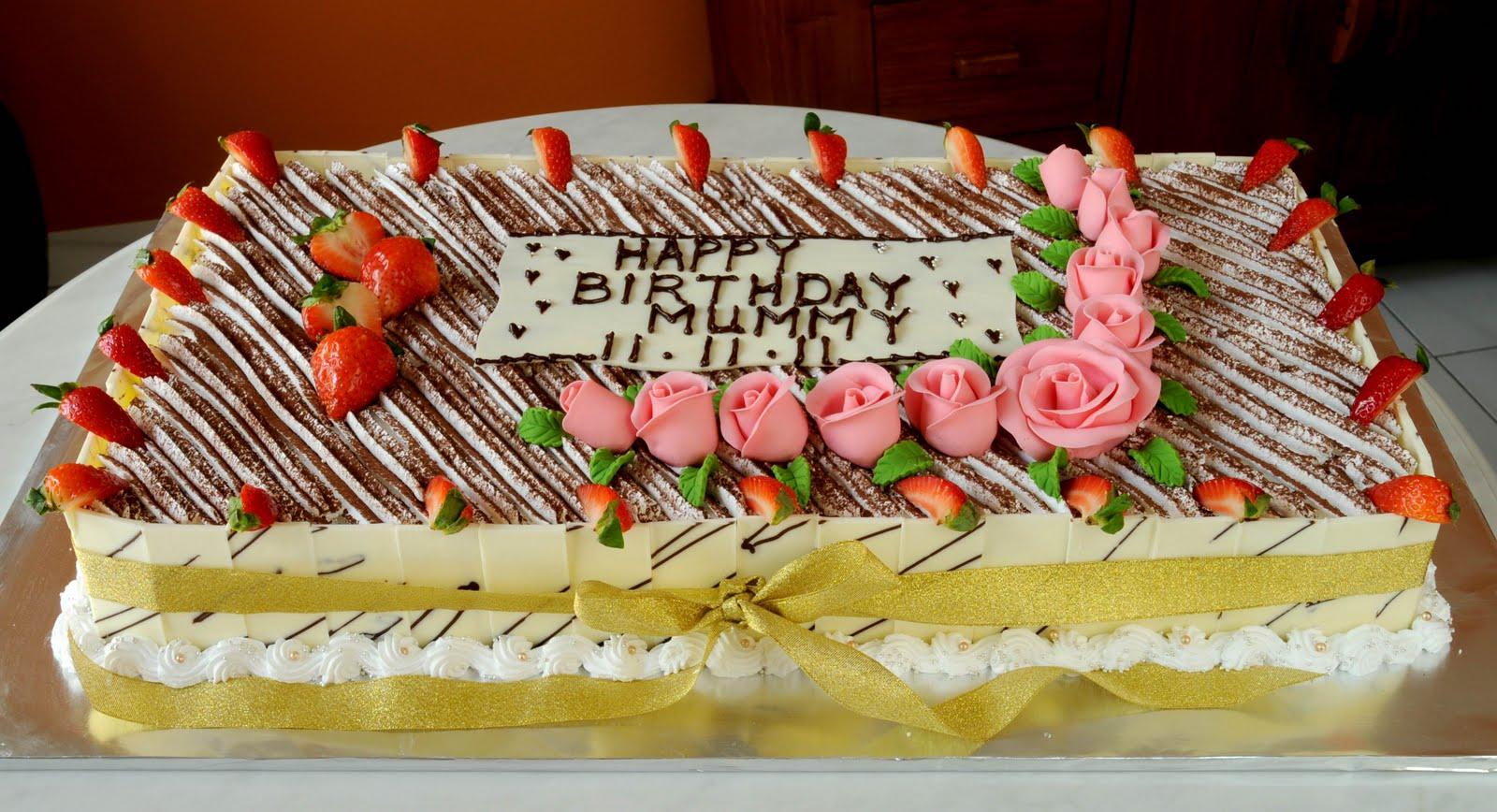 Sweet Indulgence Kuching Big Tiramisu Birthday Cake