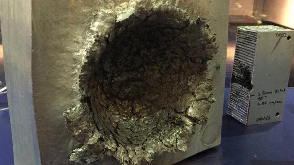 Simulação do impacto de um brinco no espaço (Imagem: Fatos Desconhecidos)