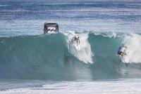 25 Slater Duru Billabong Pipe Masters foto WSL Damien Poullenot