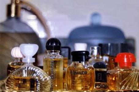 Bahaya Memakai Parfum KW Refill