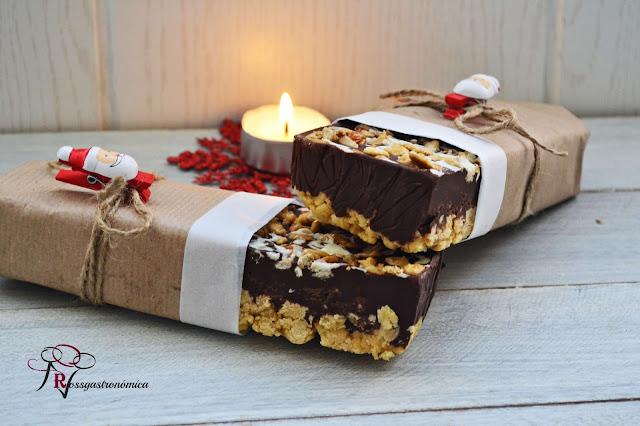 Tableta de Turrón de Barquillo, Chocolate y Pipas garrapiñadas