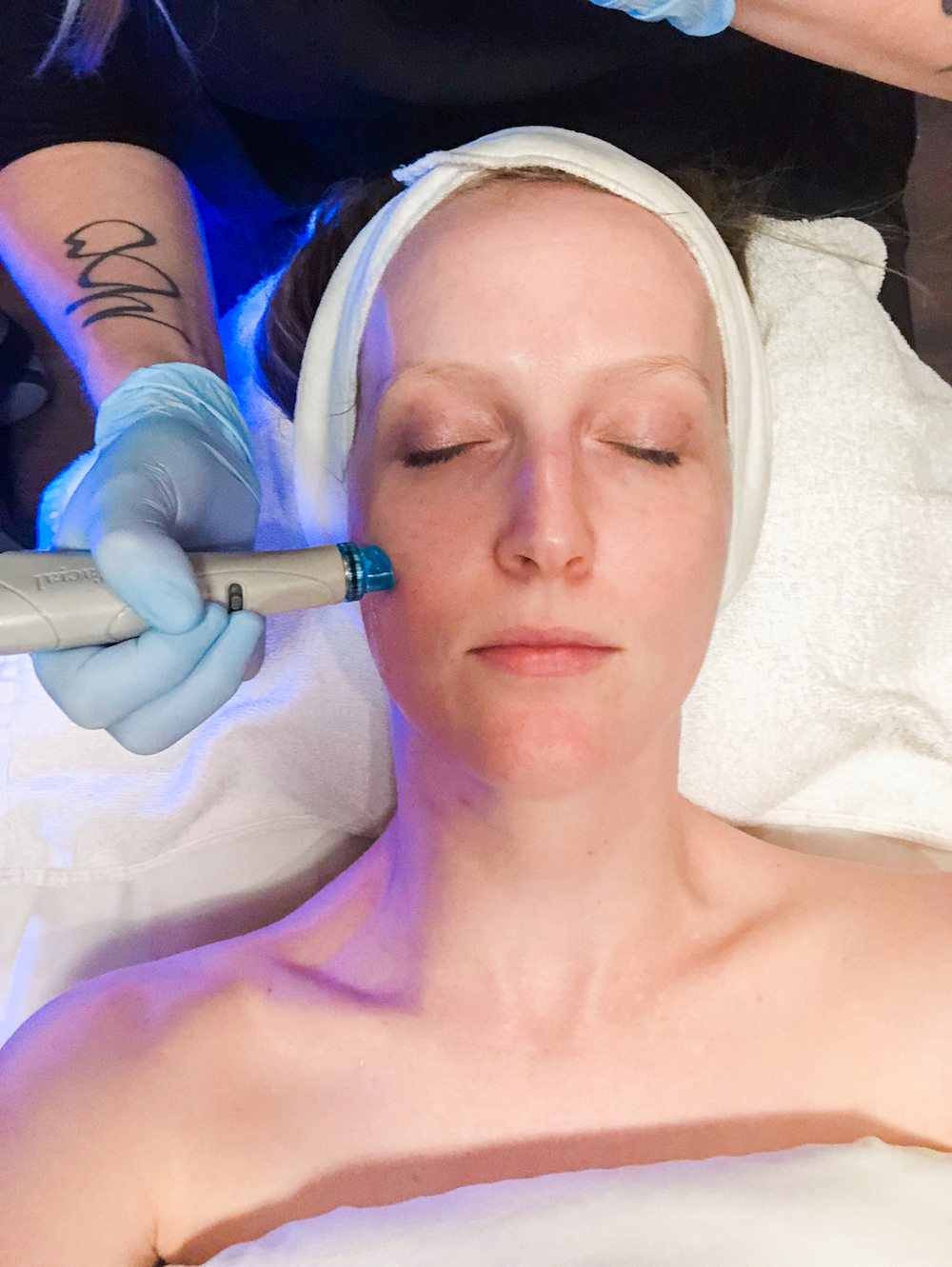 Viva Day Spa, Hydrafacial MD, benefits of HydraFacial, regular facial vs. HydraFacial, Austin spa, Austin day spa, Austin med spa, domain Northside, med spa, skin brightening facial, Austin blogger, HydraFacial review, beauty blogger