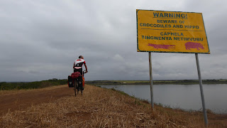 https://pedaleandoenlibertadswazilandia.blogspot.com.es/