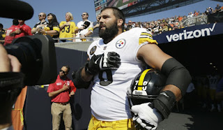 The NFL Is Tone Deaf and Old School Is Cool