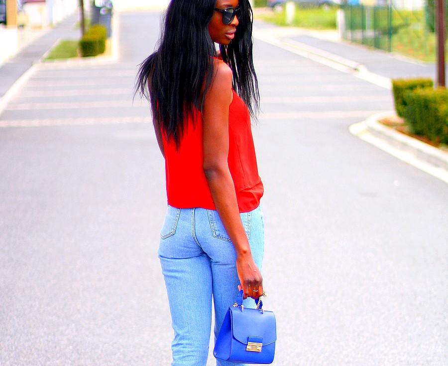 mom-jeans-topshop-sac-furla-metropolis-bleu-electrique-caraco-rouge