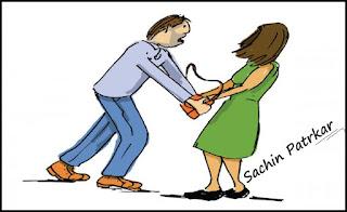कपिल अस्पताल के सामने नाबालिग को पर्स चुराते महिला ने दबोचा
