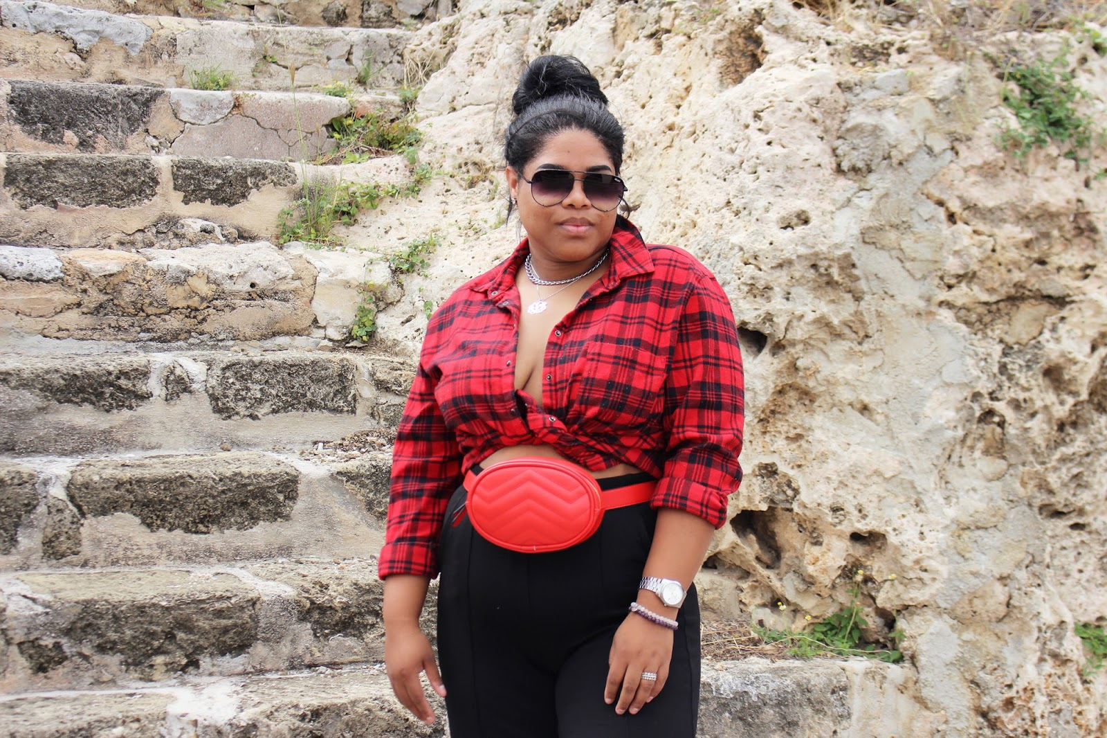quay australia, belt bag, gucci, new look, bershka, black blogger, curacao