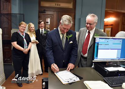 St Louis City Hall Elopement witness