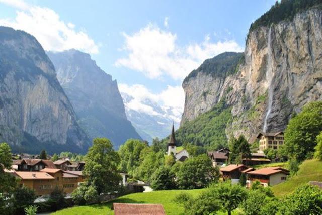 Khám phá thung lũng đẹp nhất Châu Âu vào những ngày hè