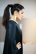 Raashi Khanna Photoshoot-thumbnail-2