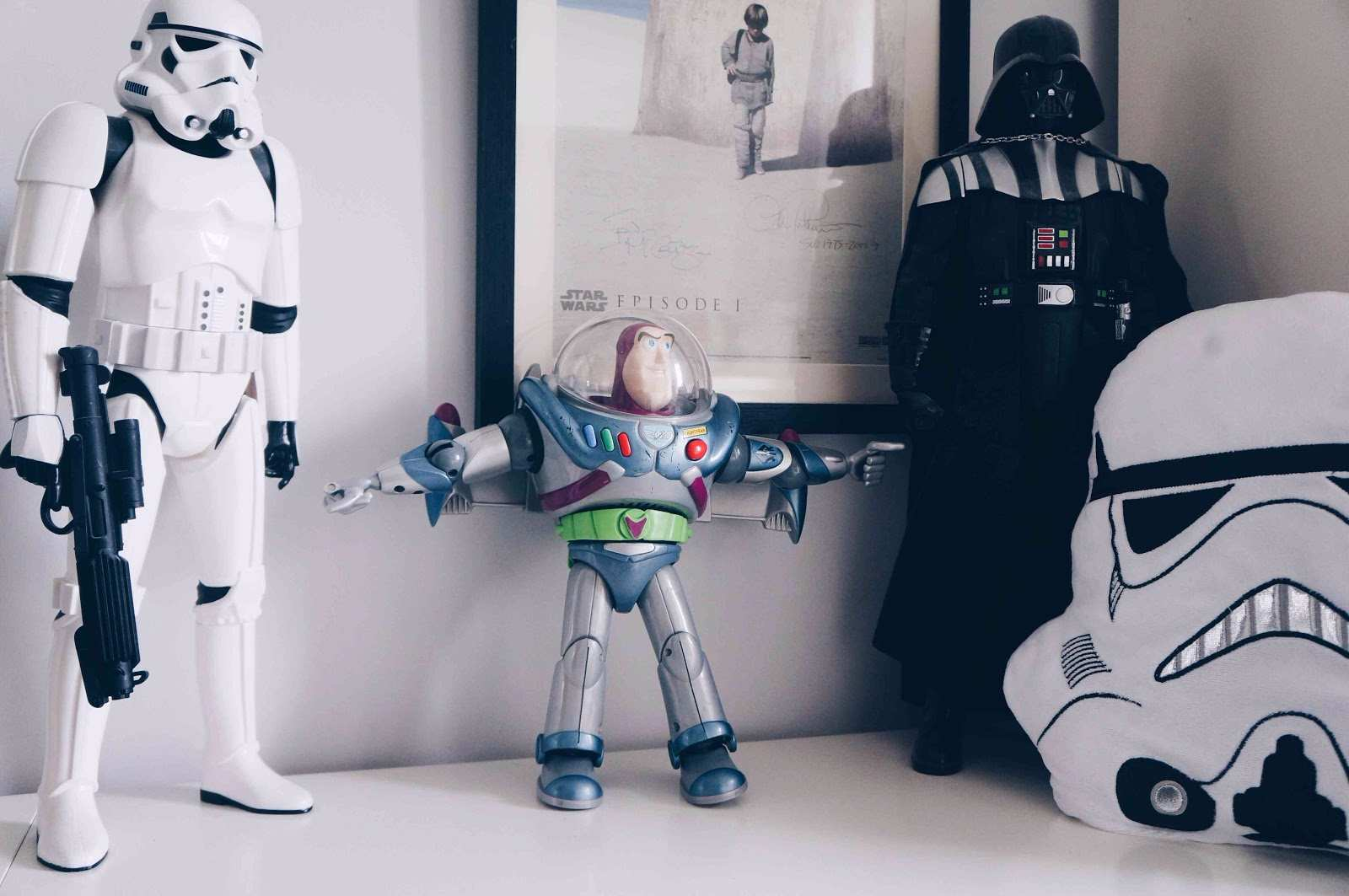 space theme toys for kids room