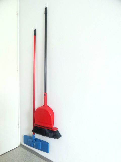 Kukice -  držanje pribora za čišćenje
