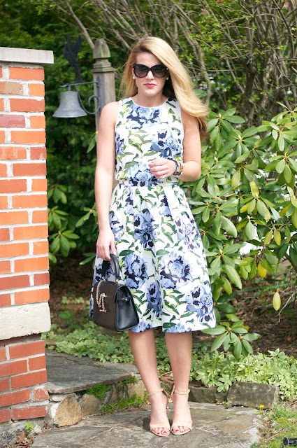 ladylike floral outfit for spring with luana italy handbag and tom ford sunglasses