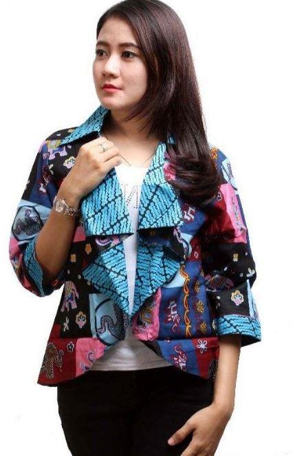 Model Baju Batik Atasan Kerja Wanita Terbaru 2