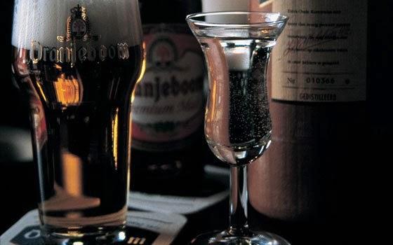 Cerveja-holandesa-Jenever-Kopstoot-Holanda