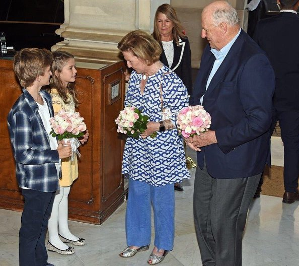 King Harald and Queen Sonja of Norway went on to the Alvear Palace Hotel in Buenos Aires, Argentina. Minister of Foreign Affairs Jorge Faurie