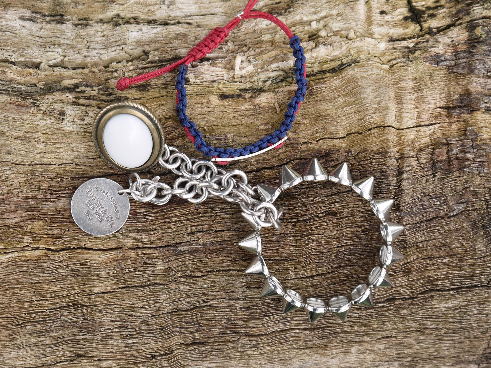 Accessories: Ring and Bracelets