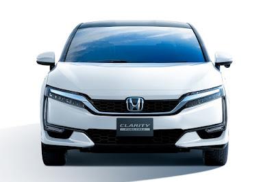 2017 Honda Clarity front pics