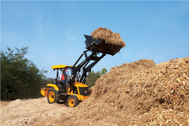 JCB India showcases its 'Made-in-India' range of Material Handling product solutions