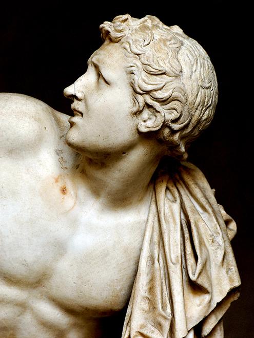 laocoonte-y-sus-hijos-comentario-escultura-griega-historia-analisis-mito-grupo-laoconte-detalle-hijo-museo-pio-clementino