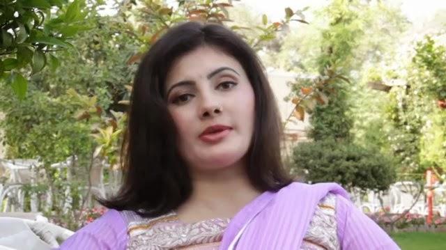All Pashto Showbiz: Pashto Singer Nazia Iqbal Best Images