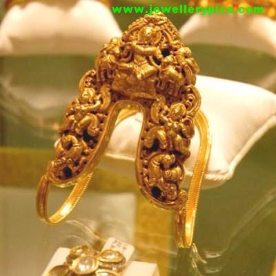 Gold Ara Vanki Latest Jewellery Designs