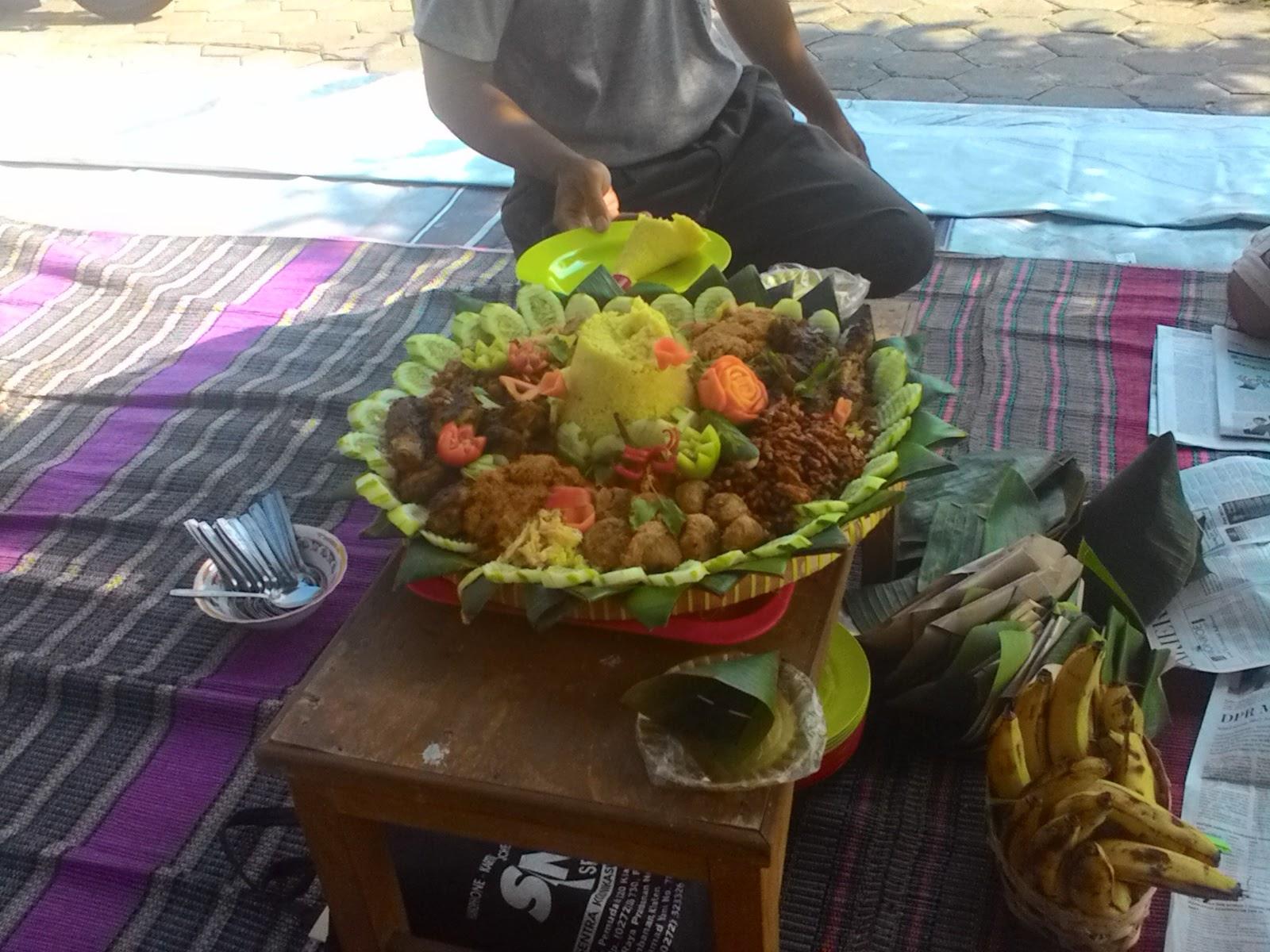 Nasi Tumpeng Semarang
