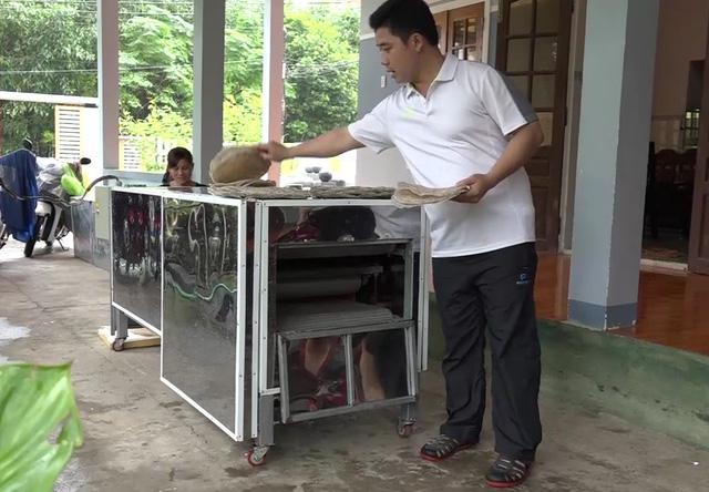 Độc đáo máy nướng bánh tráng đa năng bằng tia hồng ngoại ở Quảng Ngãi