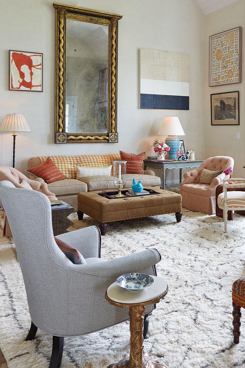 Specchio Sopra Divano.Home Staging Italia 8 Modi Per Riempire Lo Spazio Dietro Il