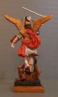 sculture santi statuette personalizzate san michele idea regalo prete orme magiche