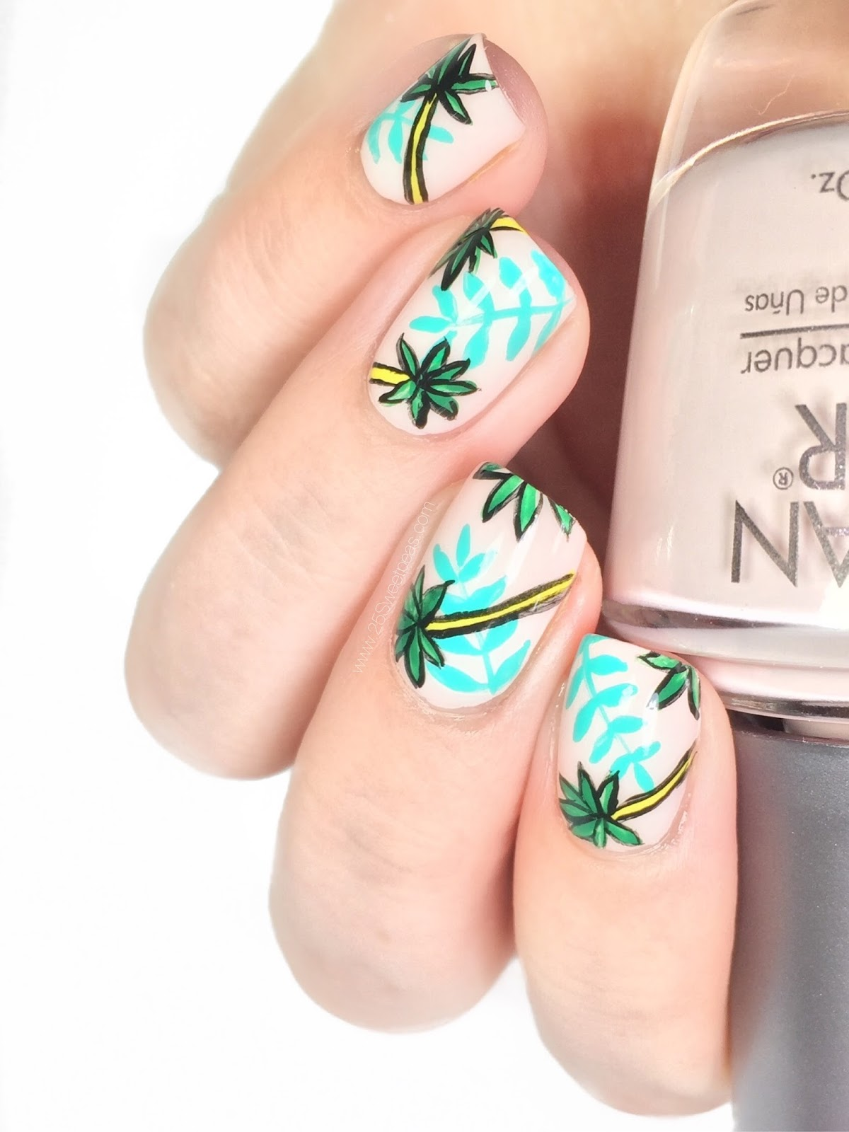 Retro Palm Tree Nails