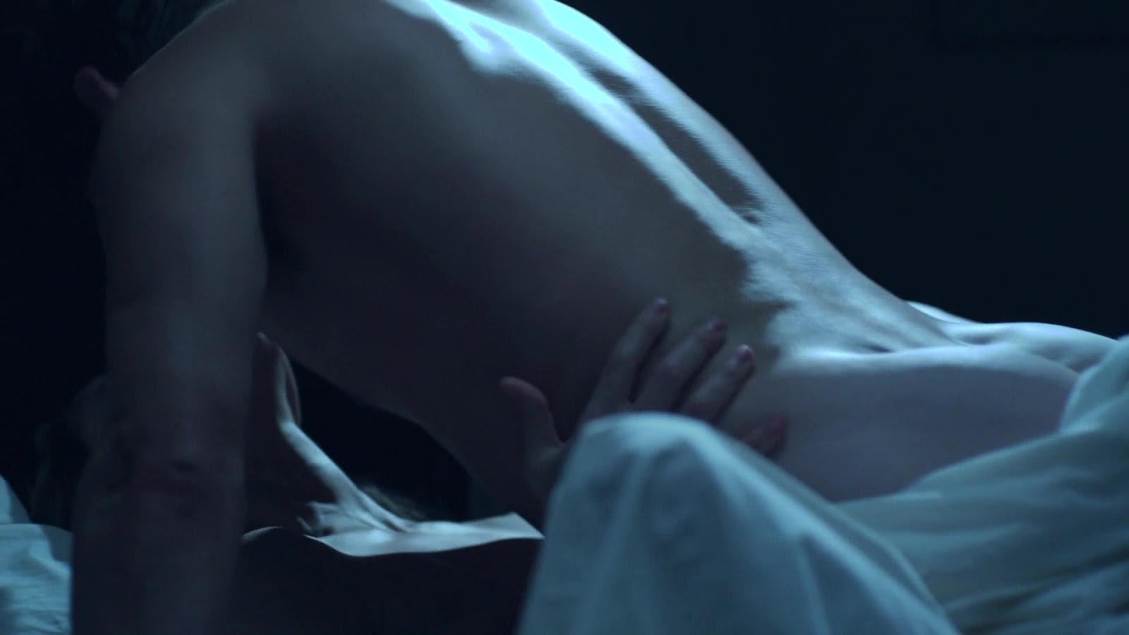 Kit harington nude and sexy photos