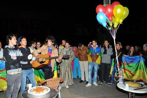 Taroudantpress - تارودانت بريس :قانون تفعيل الطابع الرسمي للأمازيغية يتأخر ووعود العثماني تتبخّر