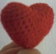 http://adhrys.blogspot.com.es/2012/02/hacemos-un-corazon-para-el-dia-de-los.html
