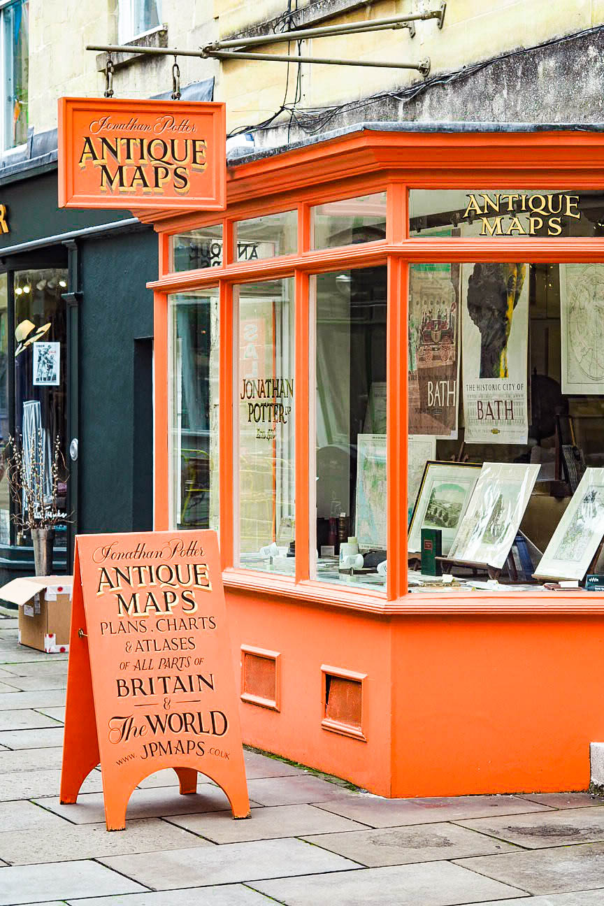 Antique maps shop
