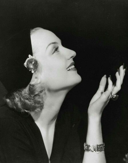 Carole Lombard Missing Wedding Ring : carole, lombard, missing, wedding, Phyllis, Loves, Classic, Movies:, Carole, Lombard's, Sapphires