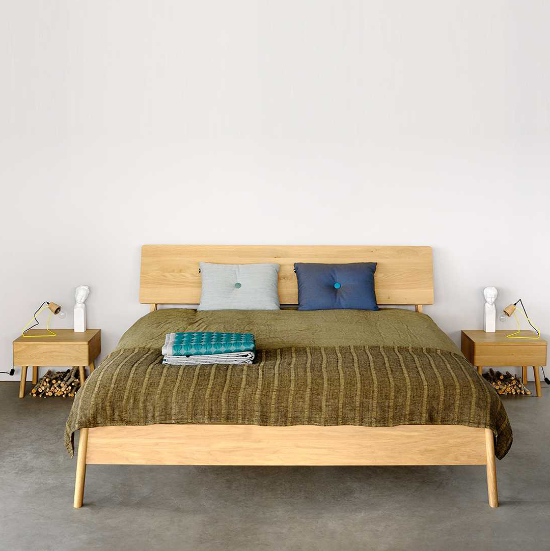 Ethnicraft, mister design, cone hanglamp, furniture, wood, solid, massief hout, teak, walnoot, eik, meubels, air bed