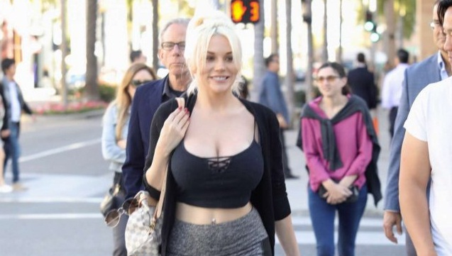 Courtney Stodden Hot Photo Gallery