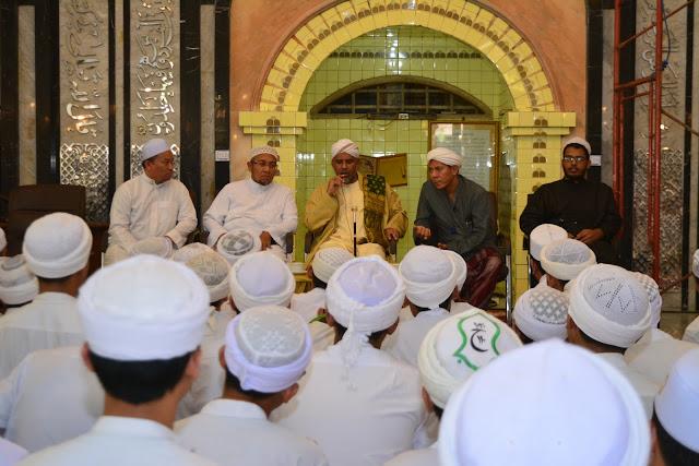 Al Habib Fuad bin Umar Bin Syeikh Abu Bakar ; Berdakwah Kita Harus Ikhlas Karena Allah | lpmdalwa | dalwa