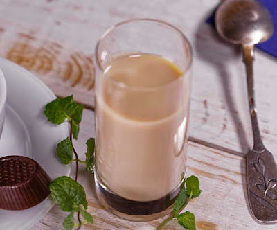 Crema de whisky estilo Baileys (Irish cream).