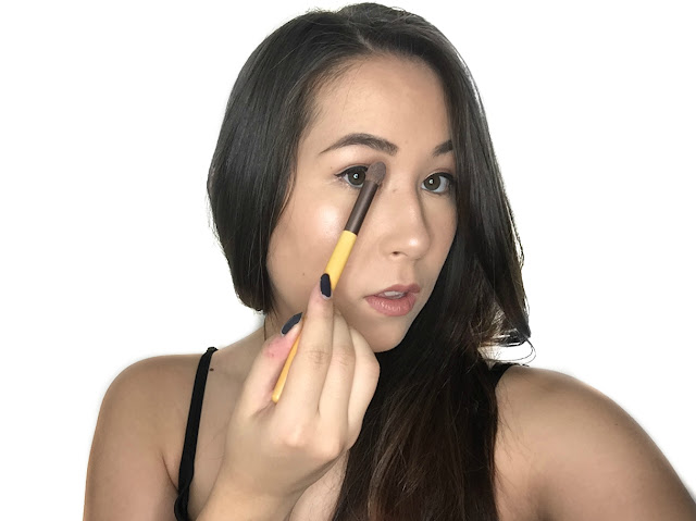 TUTORIAL: How to contour your nose to make it look smaller