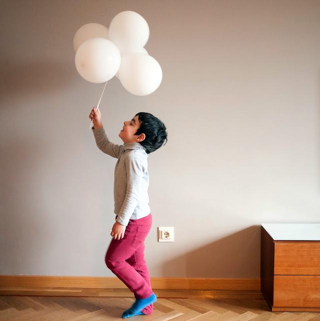 De paseo con mi nube de globos