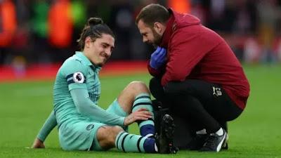 Pukulan Telak untuk Arsenal, Bellerin Absen Hingga Akhir Musim