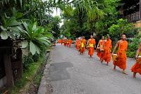 Munke i Luang Prabang i Laos