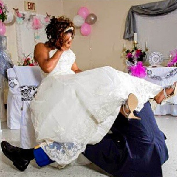 Tradition Of Wedding Garter: Will You Have The Garter Removal And Tossing At Your