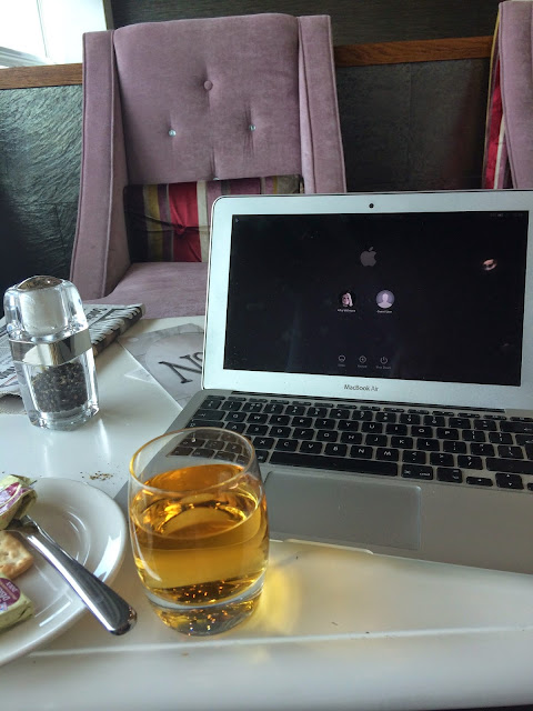 No.1 Traveller Lounge Gatwick South, laptop and lunch